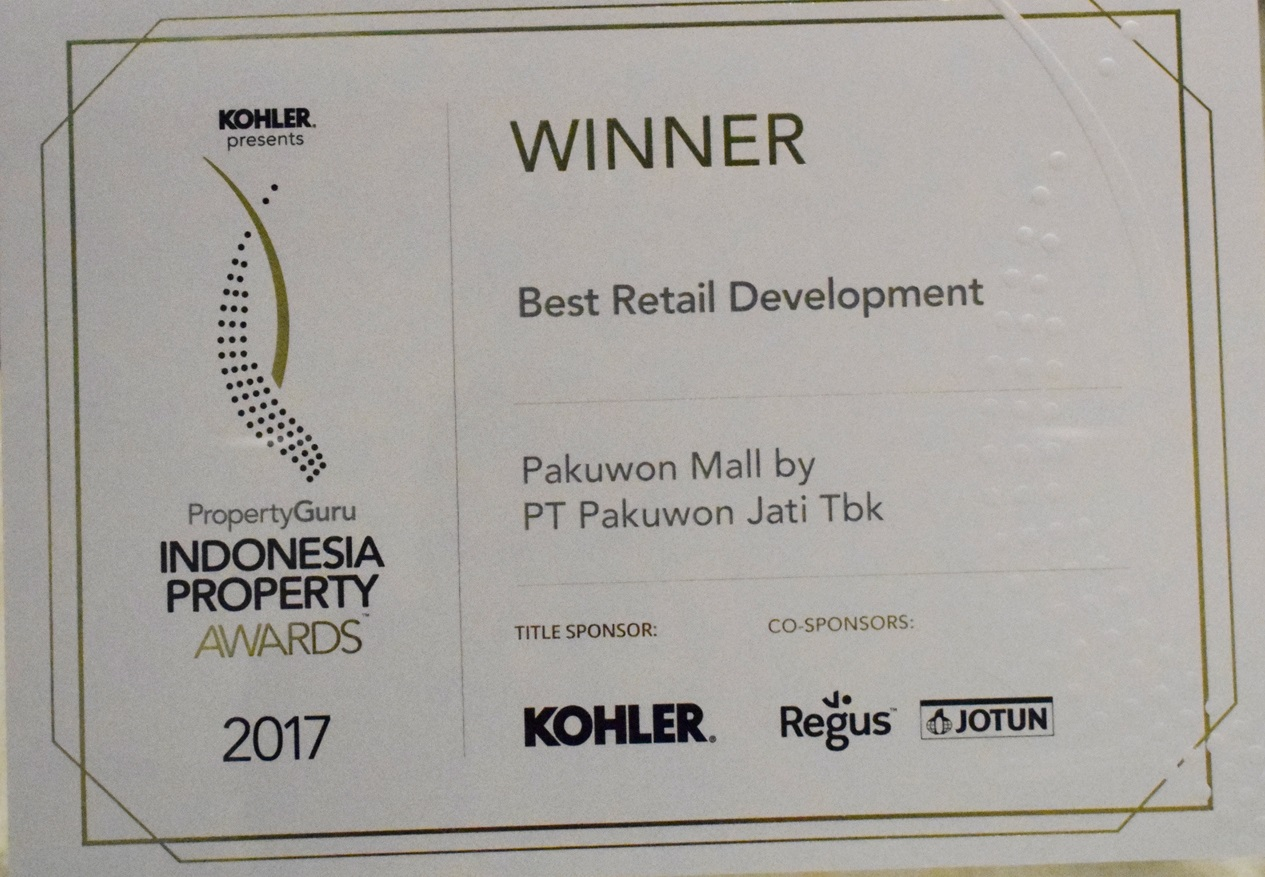 /public/files/image-companny/award-slider/BestRetailDevelopmentPakuwonMall-IndonesiaPropertyAward2017.jpg